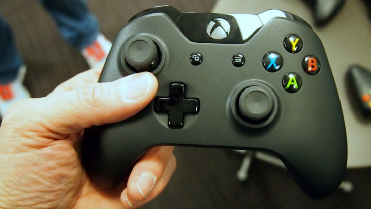 How to re-connect Wireless Xbox One controller with the console?